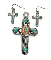 HANDCRAFTED MAGNETIC CROSS PENDANT SET
