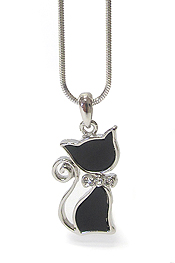 WHITEGOLD PLATING CRYSTAL AND ACRYL DECO CAT PENDANT NECKLACE