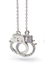 WHITEGOLD PLATING CRYSTAL STUD HANDCUFF PENDANT NECKLACE