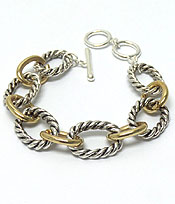TEXTURED METAL TOGGLE BRACELET
