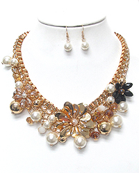 METAL FLOWER AND MULTI PEARL DANGLE NECKLACE SET