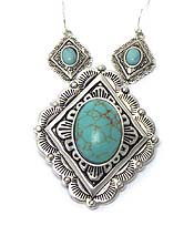 NAVAJO INDIAN WITH TURQUOISE STONE MAGNETIC PENDANT SET