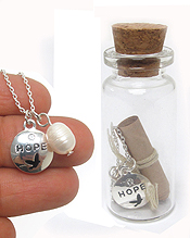 HOPE THEME NECKLACE AND MESSAGE IN GLASS BOTTLE