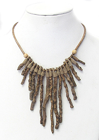 NATURAL WOOD STICK TRIBAL NECKLACE