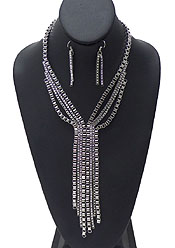 SQUARE CHAIN WITH TASSEL NECKLACE SET