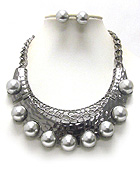 CHUNKY PEARL STUD METAL ART BIB STYLE STATEMENT NECKLACE EARRING SET
