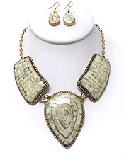 THREE MOSAIC LINK NECKLACE SET