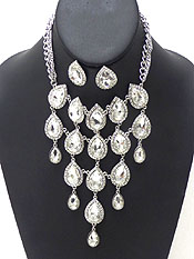 CRYSTAL AND MULTI FACET TEARDROP GLASS LINK DECO NECKLACE EARRING SET
