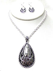 TEAR DROP DESIGNER METAL TEXTURED NECKLACE SET