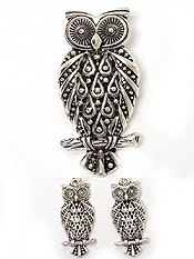 TAILORED OWL PENDANT AND EARRING SET