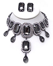 LUXURY CLASS VICTORIAN STYLE AND AYSTRIAN CRYSTAL AND FACET SQUARE STONES NECKLACE SET