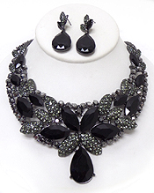 LUXURY CLASS VICTORIAN STYLE AND AUSTRIAN CRYSTAL PARTY NECKLACE