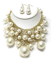 MULTI SIZE PEARL BIB NECKLACE SET