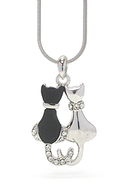 WHITEGOLD PLATING ACRYL CRYSTAL DECO TWO CAT PENDANT NECKLACE