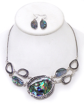 TAYLORED AND ABALONE STONE LINK NECKLACE SET