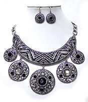 VINTAGE LARGE BIB AND METAL DISKS WITH BEADS NECKLACE SET
