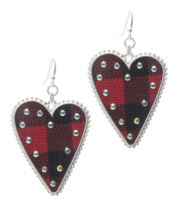 BUFFALO PLAID CHECK PATTERN HEART EARRING