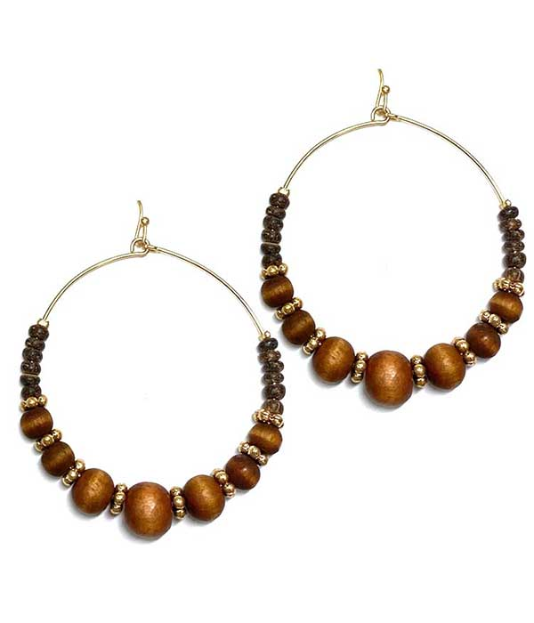 WOOD BALL AND WIRE HOOP EARRING