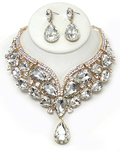 LUXURY CLASS VICTORIAN STYLE AND AUSTRIAN CRYSTAL PARTY NECKLACE EARRING SET