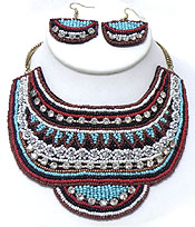 MULTI LAYER PATTERN OF SEEDBEADS AND CRYSTALS NECKLACE SET