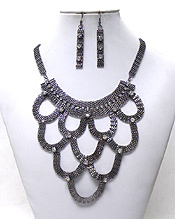 LAYER DROP METAL NECKLACE SET