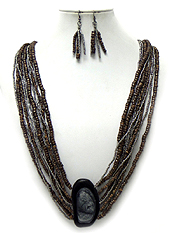 LAYERS OF SEED BEADS WITH STONE PENDANT NECKLACE SET