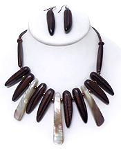 WOOD WITH SHELL NECKLACE SET