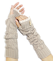 VINTAGE LACE AND BUTTON ACCENT OPEN FINGER KNIT GLOVE OR ARM WARMER