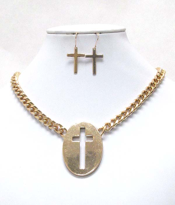 CROSS CUT OVAL DISK PENDANT AND CHAIN NECKLACE EARRING SET