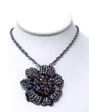 CHAIN WITH FLOWER PENDANT WITH CRYSTALS NECKLACE