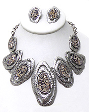 Wholesale Jewelry - BURNISH SILVER LEOPARD NECKLACE SET