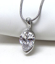 OVAL SHAPE CUBIC ZIRCONIA NECKLACE