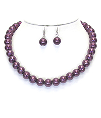COLORED PEARL NECKLACE SET