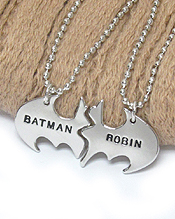 FRIENDSHIP MESSAGE TWO PIECE PENDANT NECKLACE - BATMAN AND ROBIN
