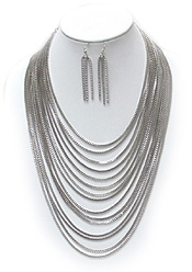 MULTI LAYER CHAIN NECKLACE SET