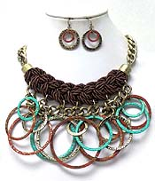 THICK TWISTED CORD WITH PATINA DISKS NECKLACE SET