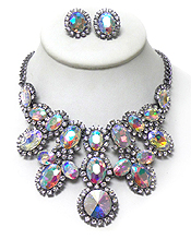 LUXURY CLASS VICTORIAN STYLE AND AUSTRALIAN CRYSTAL GLASS LINKED OVALS WITH BORDER NECKLACE SET