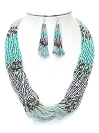 MULTI SEED BEAD AND LAYERED CHAIN NECKLACE SET