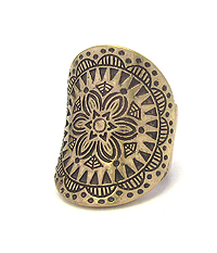 AZTEC PATTERN STRETCH RING
