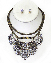 MULTI CRSTAL MIX AND DOUBLE CHAIN STATEMENT NECKLACE SET